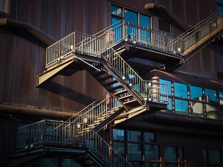 「Rainbow six siege(シージ)」プレイヤーが良く言う「ウザイあるある」をランキングにしてみた:階段